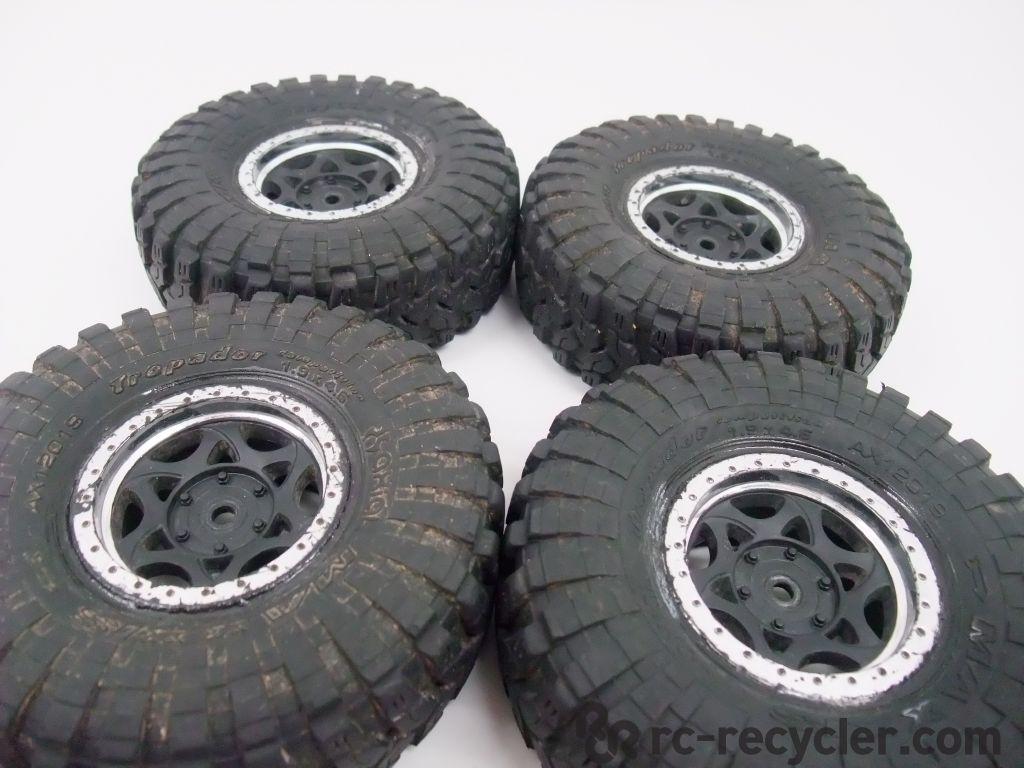 Rock Crawler Wheels : Axial scx rock crawler maxxis trepador tires